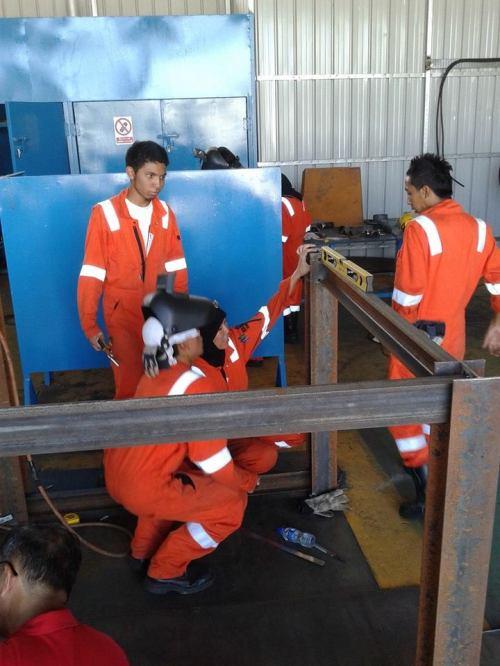 Structural Installation - Overseas Training